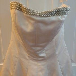 A Gorgeous Wedding Dress